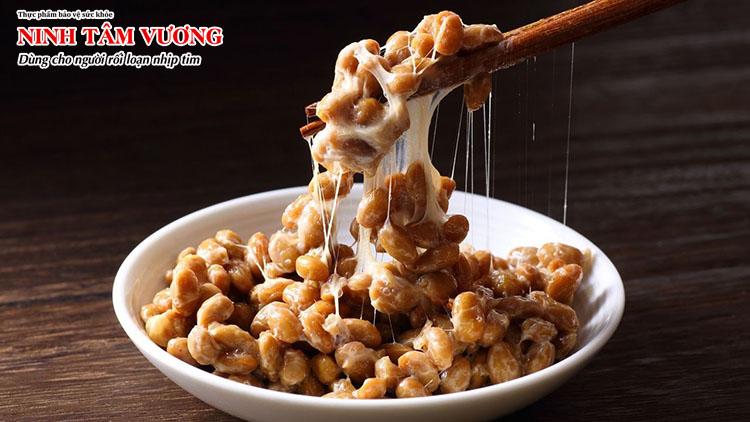 Natto làm tan cục máu đông, phòng ngừa biến chứng đột quỵ ở người rung nhĩ