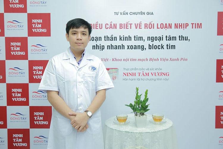 Bác sỹ Việt trong buổi tư vấn về bệnh rối loạn thần kinh tim