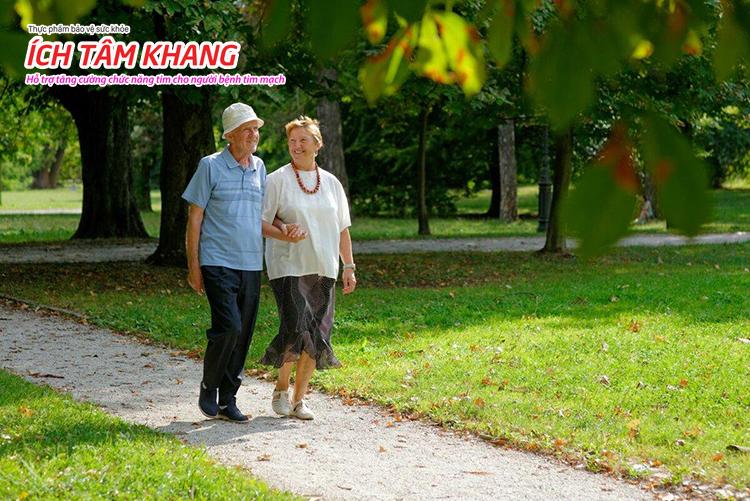 Vận động thường xuyên giúp tăng tưới máu cơ tim và giảm cân