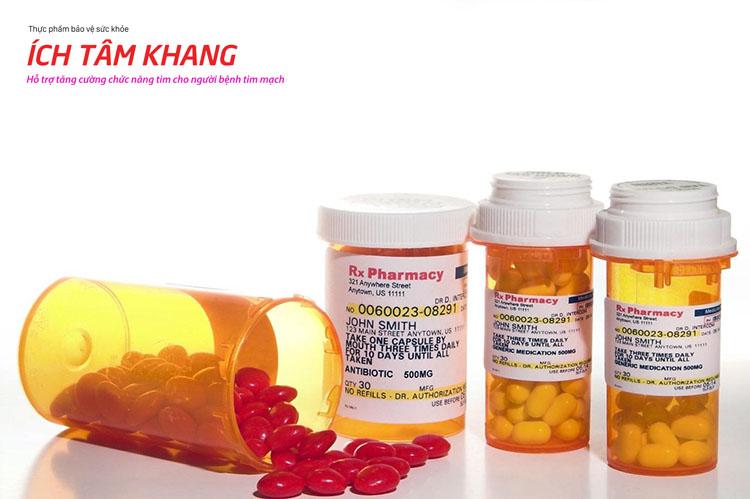 Kể cả sau khi phẫu thuật vẫn cần dùng thuốc để ngăn ngừa tái tắc hẹp