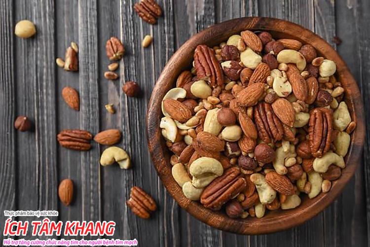 Bệnh mạch vành nên ăn quả hạch vào bữa phụ để bổ sung chất béo lành mạnh