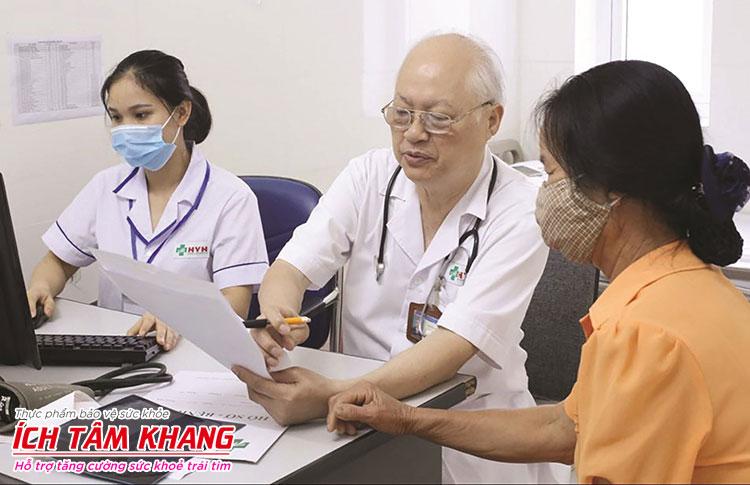 Người bệnh cần hỏi ý kiến bác sĩ để biết liều dùng Coversyl phù hợp với mình.