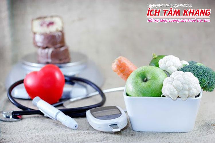 Kiểm soát chế độ ăn, lối sống khi dùng Coversyl sẽ giúp huyết áp ổn định hơn.