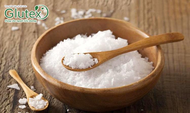 Bạn cần cắt giảm muối trong thực phẩm khi thận bị suy yếu
