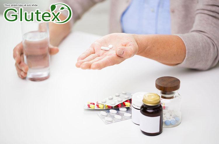 Người bệnh tiểu đường nên uống Metformin trong bữa ăn.