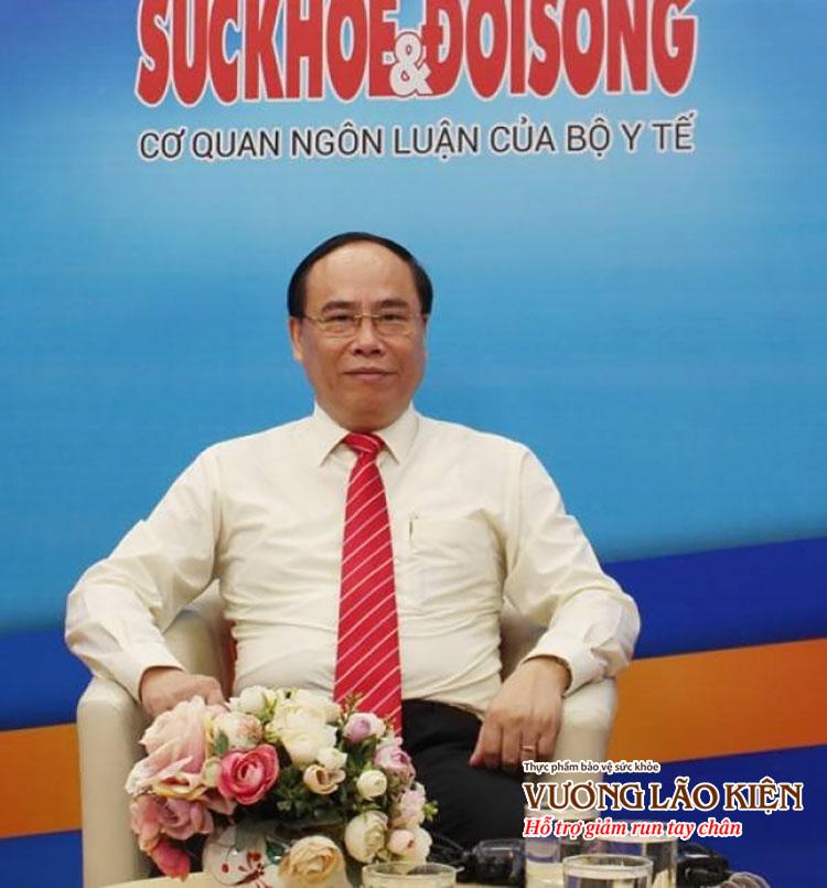 PGS. TS. BS Đậu Xuân Cảnh - Giám đốc Học viện Y dược học cổ truyền Việt Nam trong chương trình tư vấn về chứng run tay chân