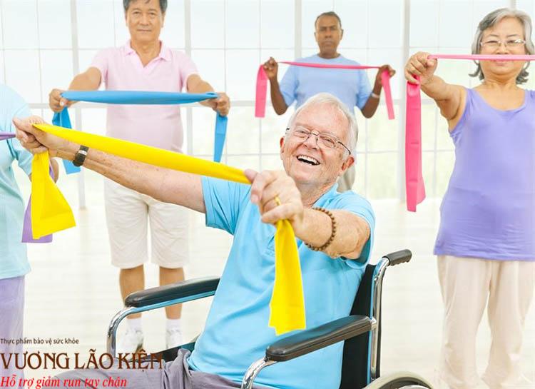 Tập luyện thường xuyên cũng là liều thuốc tự nhiên để cải thiện tâm trạng