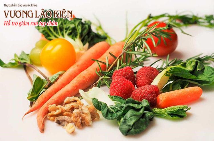 Rau củ quả tươi là những thực phẩm không thể thiếu trong thực đơn của người bệnh Parkinson