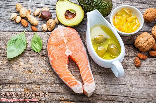 Cá, dầu cá, các loại hạt và quả hạch là nguồn cung cấp omega - 3 tự nhiên cho cơ thể