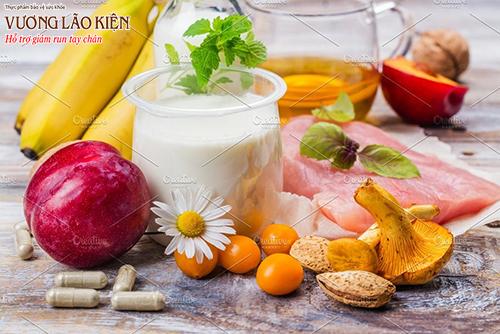 Chuối, táo, hạt lanh, rau xanh.. là những nguồn bổ sung melatonin tự nhiên giúp bạn ngủ ngon hơn