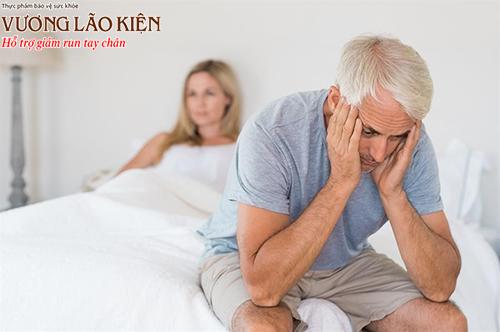 Rối loạn cương dương, giảm ham muốn là biến chứng thường gặp trong bệnh Parkinson