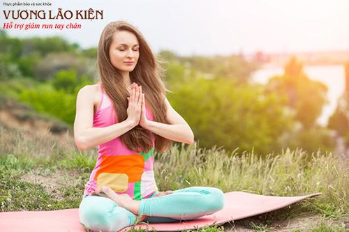 Tập yoga, ngồi thiền là cách giúp thư giãn tinh thần và cải thiện giấc ngủ hiệu quả