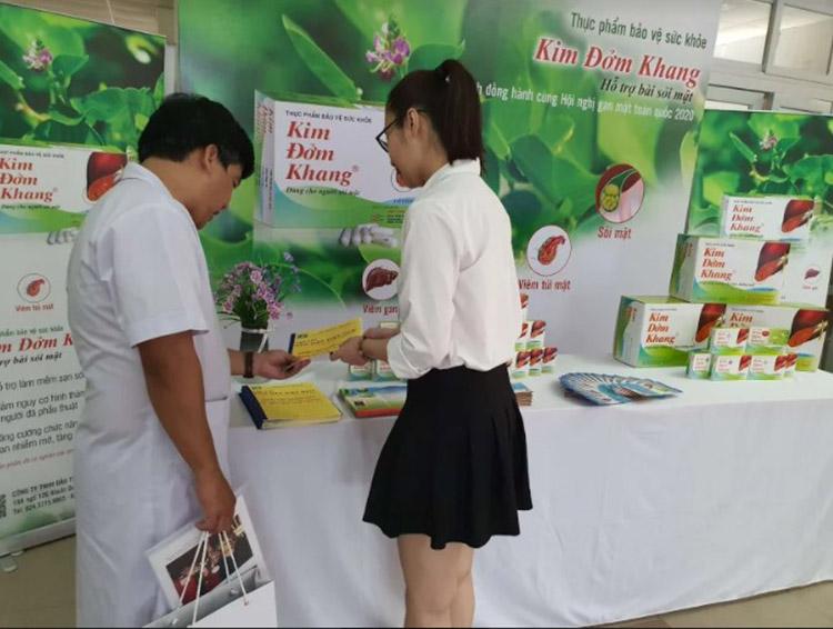 TPBVSK Kim Đởm Khang đã có nghiên cứu được báo cáo tại Hội nghị gan mật 2013