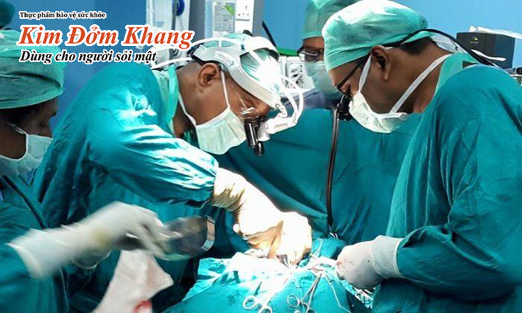 Phẫu thuật cắt túi mật là cách điều trị polyp túi mật được áp dụng trong tây y