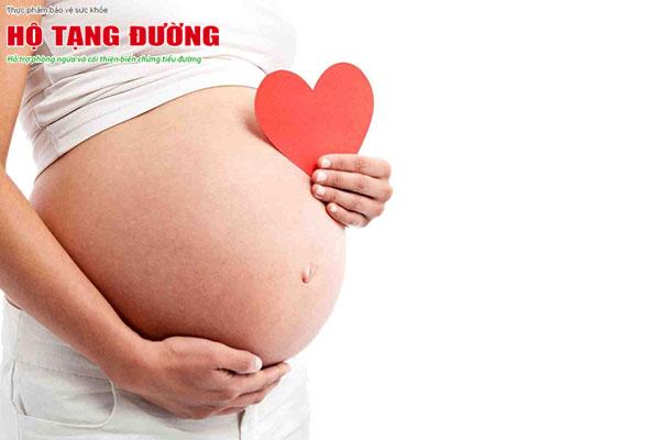 Bố mẹ mắc tiểu đường không lây nhưng có thể di truyền cho con cái.