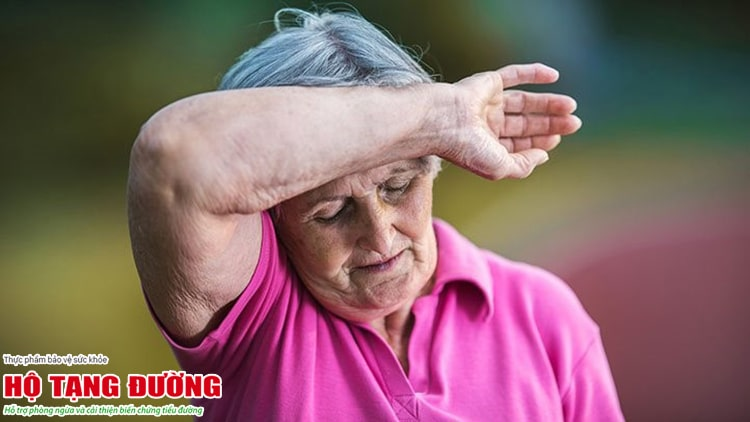 Người tiểu đường hay bị hạ đường huyết, đặc biệt là người bệnh cao tuổi.