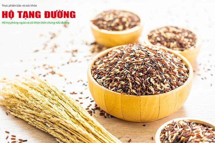 Gạo lứt là một loại tinh bột tốt có thể thay thế cho cơm trắng