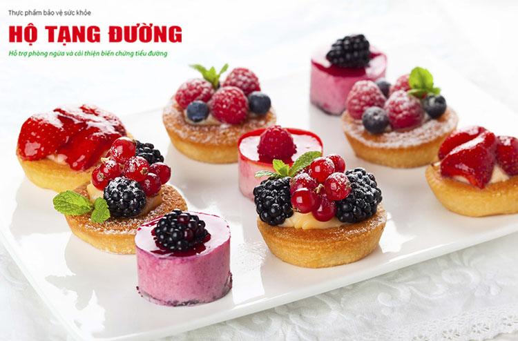 Khi đường huyết tăng cao, người bệnh tiểu đường nên kiêng ăn bánh kẹo ngọt