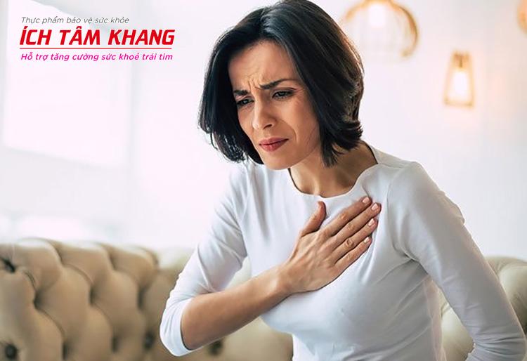 Đau ngực và khó thở, hụt hơi có thể là triệu chứng cảnh báo bạn bị tăng gánh thất trái