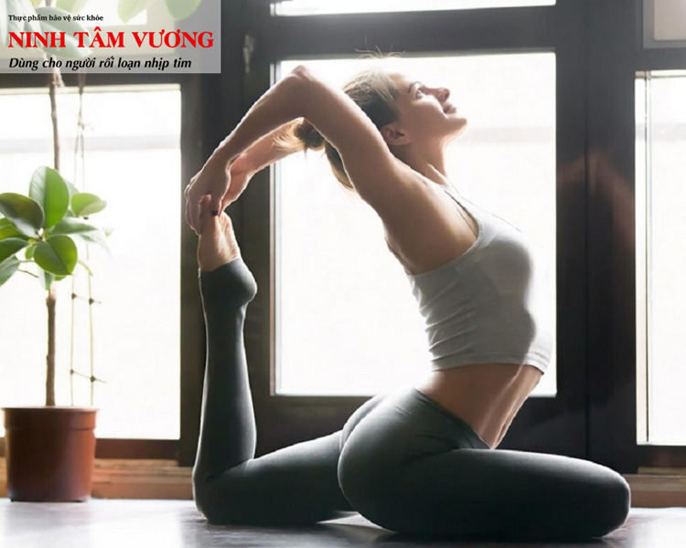 tap-yoga-giup-dieu-hoa-khi-huyet-on-dinh-nhip-tim-hieu-qua.jpg