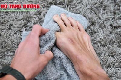 8 mẹo chăm sóc bàn chân cho người tiểu đường cực đơn giản tại nhà